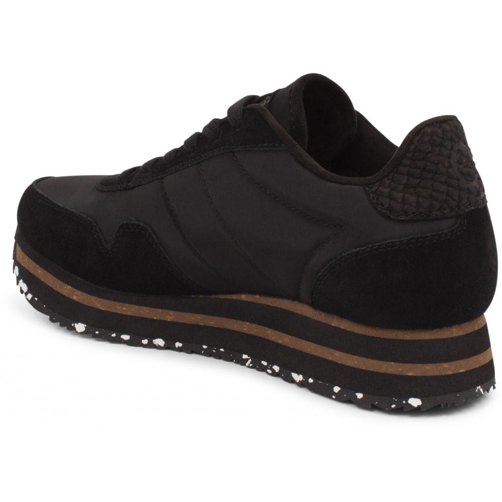 Comfy sneakers sort