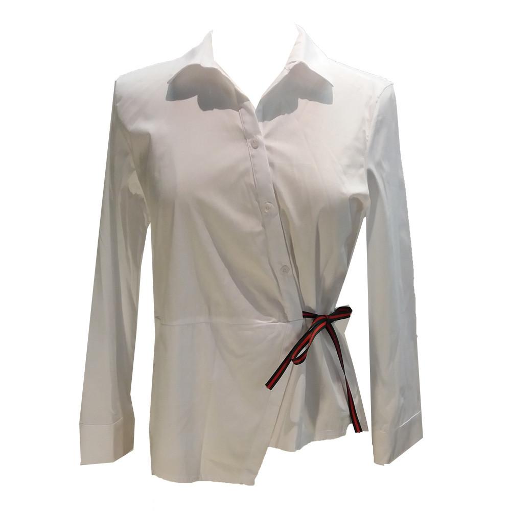 A Bluse assymetrisk